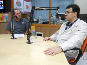 Prefeito Neto concedeu entrevista e interagiu com ouvintes