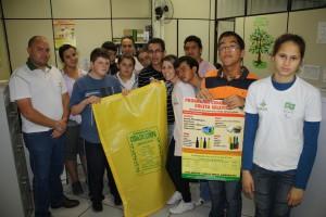 Turma foi recepcionada pelo engenheiro ambiental Gustavo Baczinski
