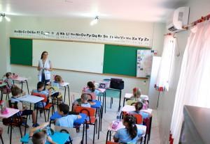 Nas salas de aula, aparelho reduz sensação de calor e deve melhorar aprendizagem dos alunos