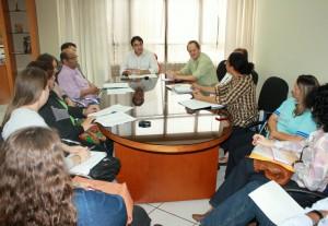 Prefeitura e Sintepfb tiveram nova rodada de negociações nesta terça-feira; com a conquista de novos avanços, educadores do município rejeitaram a greve