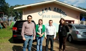 Em visita ao local, prefeito Cantelmo Neto, Ana Lucia Manfrói, Vilmo Dalbosco e Andressa Bourscheid