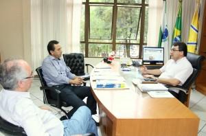 Acompanhados por Ademar Garcia, Reichembach e Neto também relembraram que iniciaram a carreira política juntos