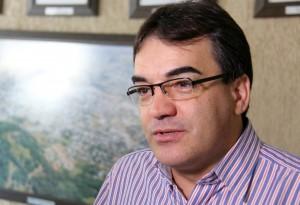 Prefeito Cantelmo Neto enviou a notificação nesta segunda, antes de passar o cargo ao vice, Eduardo Scirea, e mesmo licenciado irá acompanhar a questão