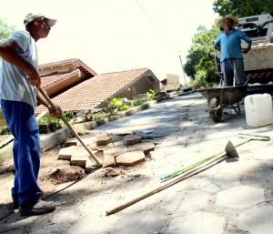 Além do conserto das calçadas, sistema elétrico será revisado e estátua receberá lavagem e nova pintura