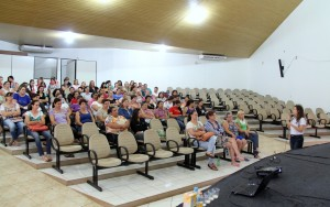 Parceria da Prefeitura e UTFPR ofereceu seminário de dois dias com orientações sobre alimentação escolar às merendeiras do Município