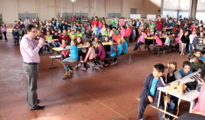 Prefeito Cantelmo Neto abriu o evento, que envolveu mais de 400 alunos