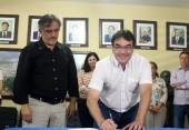 Prefeito Cantelmo Neto se licenciou por 30 dias