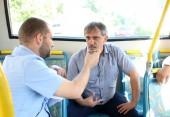 Com repórteres e usuários, o prefeito em exercício, Eduardo Scirea, acompanhou uma das linhas do novo sistema de transporte coletivo de Beltrão; mudanças em itinerários já estão programadas