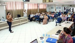 Secretária Rose Mari Guarda apresentou os números da Saúde em audiência pública na Câmara