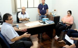 Prefeito Cantelmo Neto fio pessoalmente à Câmara entregar o projeto, que será votado já na próxima semana em regime de urgência