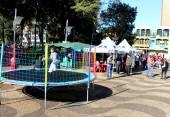 Atividade no calçadão fez parte da campanha que segue até o fim do mês em Beltrão