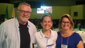 Professor Juan Palestrante com a Diretora do CITFBE e Izete Passaia Secretária do SEMDETEC